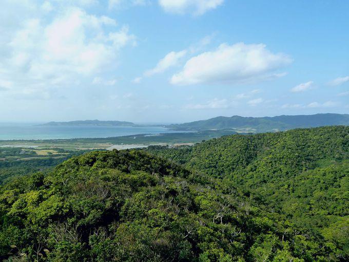 石垣島を一望する「エメラルドの海を見る展望台」!
