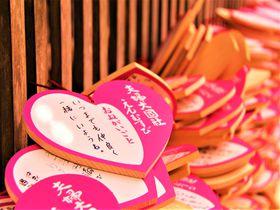 恋愛パワー!夫婦の大国様は奈良だけ!春日大社「夫婦大国社」|奈良県|トラベルjp<たびねす>