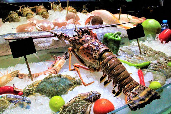 オン・ザ・ビーチレストランで楽しむ!サメットの夜遊び