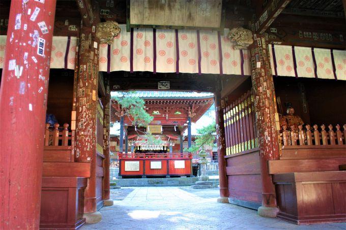 富士山の麓にあるパワースポット神社「北口本宮冨士浅間神社」
