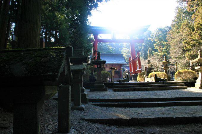 「北口本宮冨士浅間神社」へのアクセス、行き方、場所