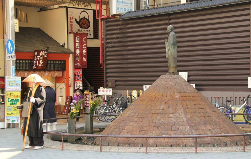"""古都・奈良の玄関、東向商店街で""""おもてなしの心""""を感じませんか?"""
