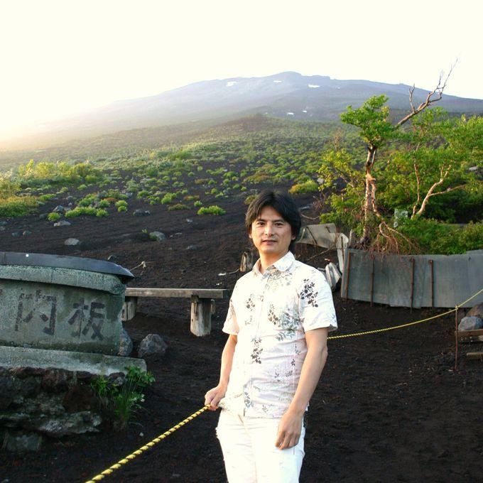 夏から一気に冬へ 標高約2400メートルの富士山五合目