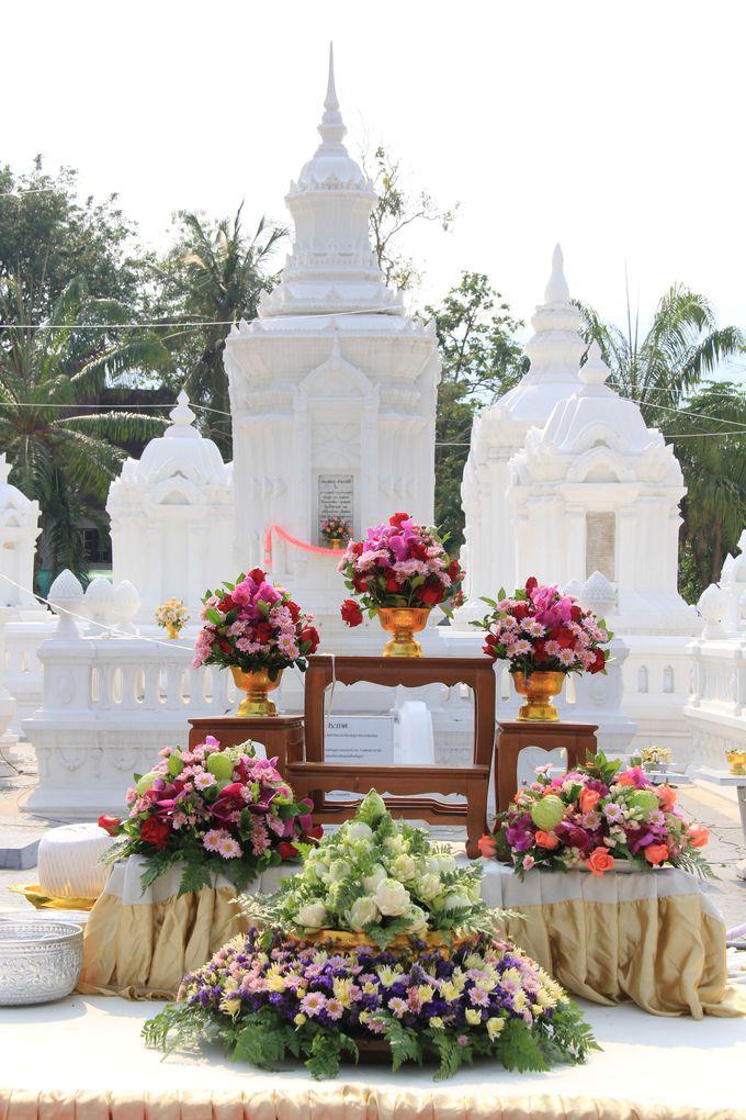 美しくも愁いを秘めた寺院