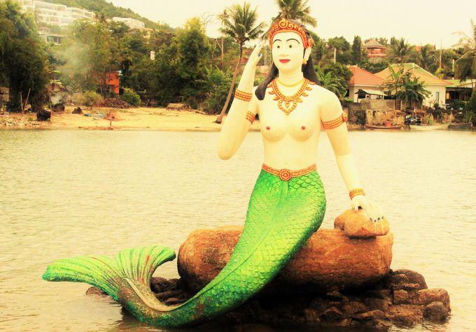 衝撃の美乳人魚姫!