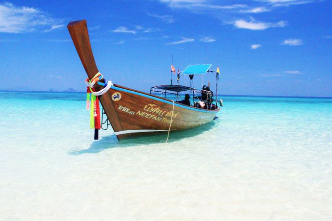 楽園の島々を自由に巡る!アイランドホッピングツアーはおすすめ