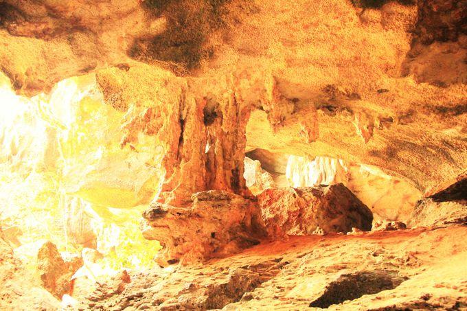 地元の漁師たちが信仰!魂が宿る神聖な洞窟