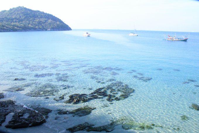 透明な海の青さが素晴らしい!タンパンビーチはおすすめ