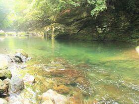 ファミリーにおすすめ!奈良・天川村「川遊び・温泉・鍾乳洞探検」観光ポイント|奈良県|トラベルjp<たびねす>