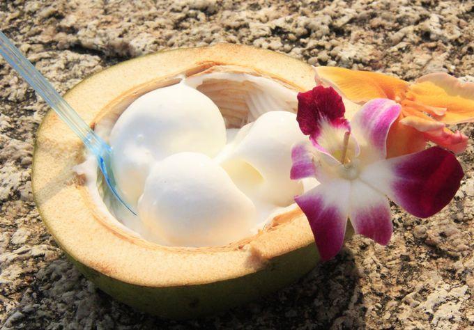 絶品のココナッツアイスも!