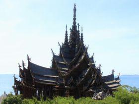"""ブッダもブッ飛ぶ!タイの巨大寺院「サンクチュアリ・オブ・トゥルース」はアジアの""""サグラダファミリア"""""""