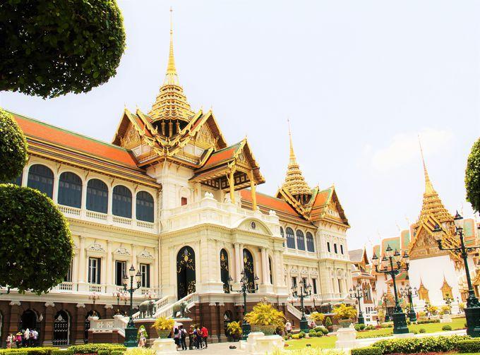 美しき王族の納骨堂「チャクリーマハープラーサート宮殿」