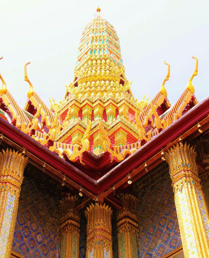 歴代国王の像を安置「プラサート・プラ・テーピドーン」