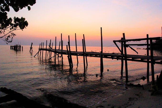 恋の聖地「サメット島」の神秘的な風景