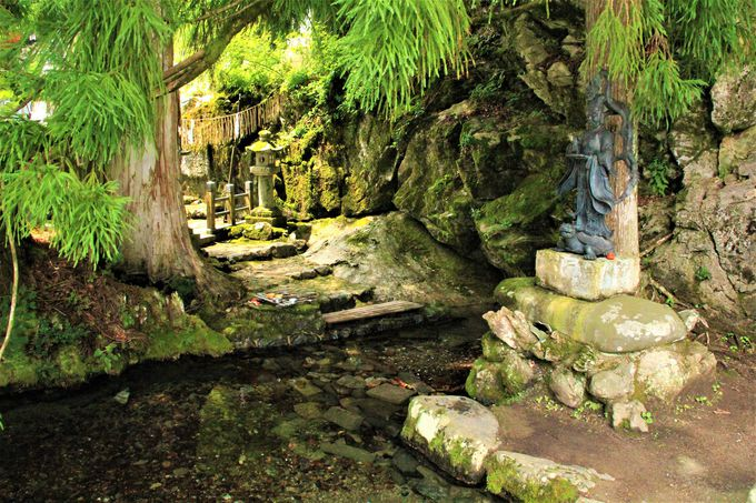 日帰り温泉でデトックス!「洞川温泉」でママはもっと美人に!「龍泉寺」「ごろごろ水」も癒しのスポット