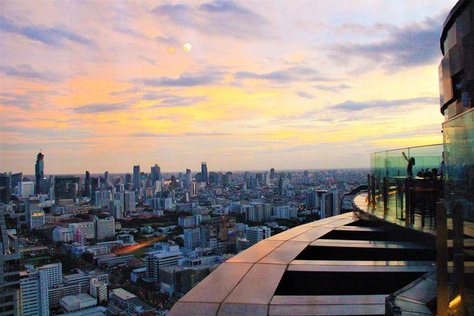 まるで「天空の城ラピュタ」のバー!タイ・バンコク絶景ルーフトップバー・レッドスカイ(Red Sky)