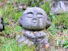 かわいい阿羅漢!京都・愛宕念仏寺は紅葉&観光名所の穴場スポット|京都府|トラベルjp<たびねす>