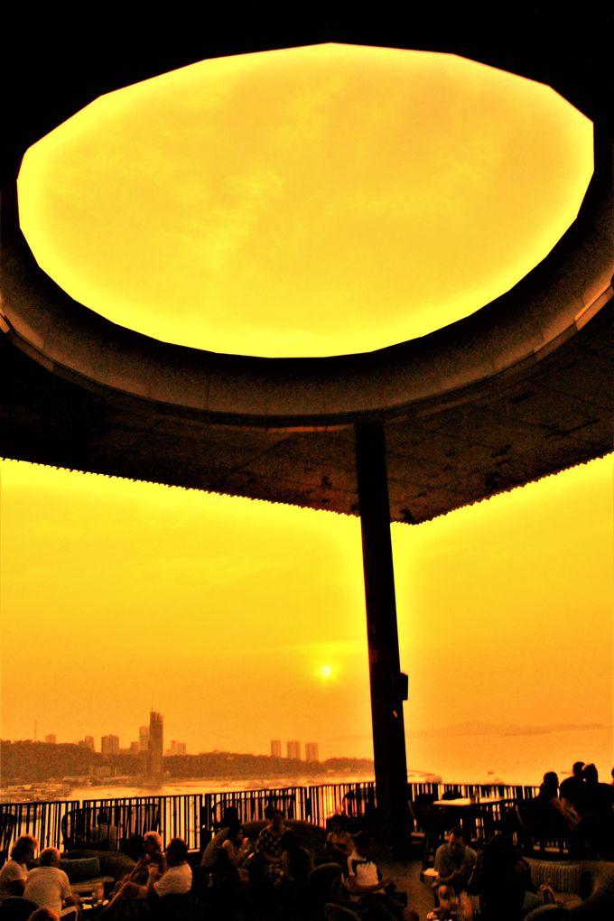 超・超穴場で、最高コスパのルーフトップバー「Horizon」を楽しもう