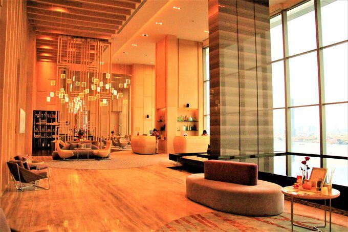 「アヴァニリ・リバーサイド・バンコク・ホテル」は、洗練されたインテリアがおすすめ
