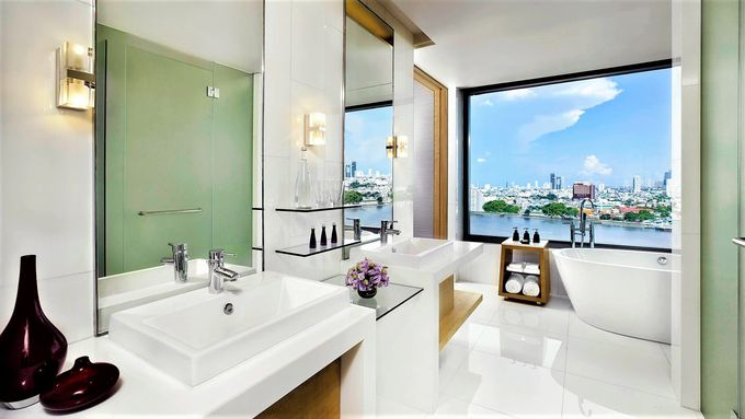 「アヴァニリ・リバーサイド・バンコク・ホテル」は、優雅にくつろげる客室がおすすめ