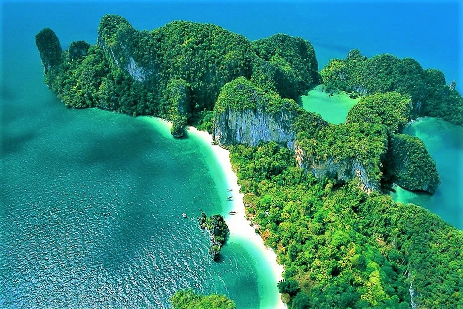 タイの秘境ビーチ「クラビ」(Krabi)への行き方、魅力、おすすめの理由
