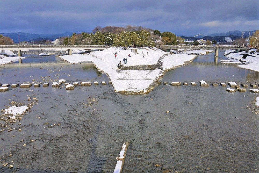 良縁&縁結び!下鴨神社でパワースポット巡り〜「鴨川デルタ」「相生社」