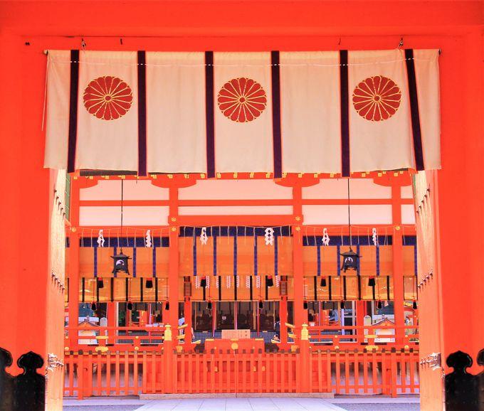 初詣は関西最多!京都「伏見稲荷大社」は拝観料・駐車場は無料、24時間営業・年中無休
