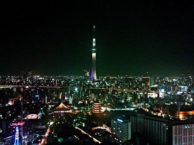 レストランからは東京スカイツリーを望む