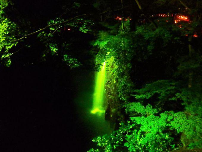 高千穂峡ライトアップは竹灯籠の小路から