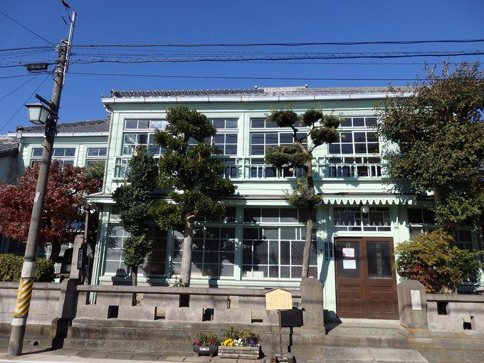 旧五十嵐歯科医院は、蒲原宿西側のハイライト