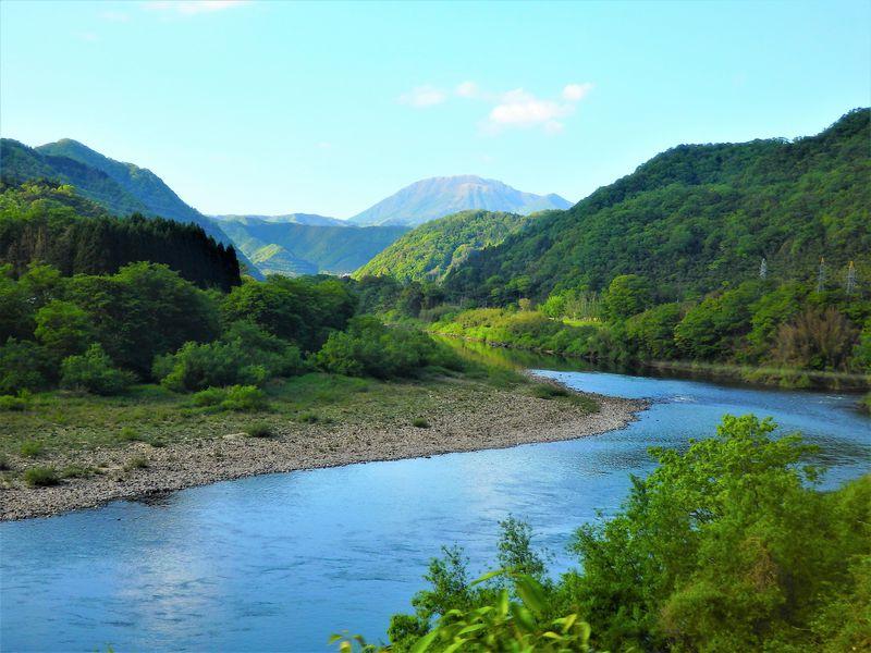 三江線廃止前に!時速30キロの日本一贅沢な鈍行の旅へ