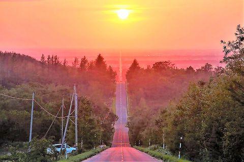 北海道絶景ドライブロード「天に続く道」