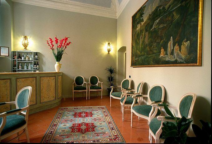 歴史あるパラッツオを改築した美しいホテル