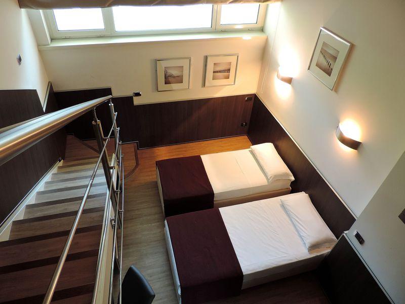 価格重視ならバチカン市国近くのモダンな4つ星「ラガネリ ホテル」