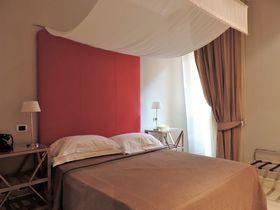 ローマ中央駅テルミニ駅近くで便利な「ホテル ヴィッラフランカ ローマ」夜遅くの到着にも安心!