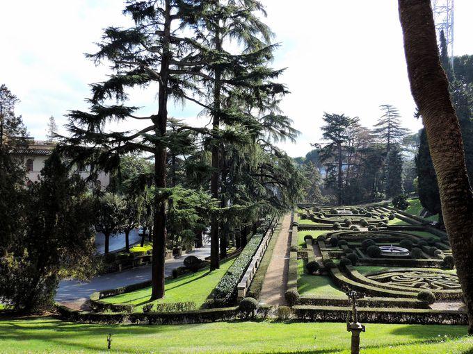 歴代教皇の瞑想と癒しの場だった美しい庭園
