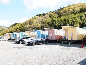 女川町・被災地初のトレーラーハウス宿泊村「El faro」は復興へ前進中!|宮城県|トラベルjp<たびねす>