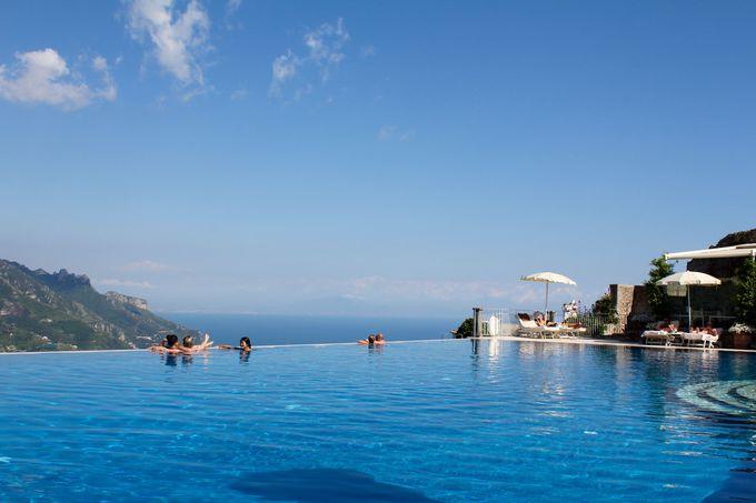 絶景を望むプールが素晴らしい、ラヴェッロ/ホテル・カルーソ