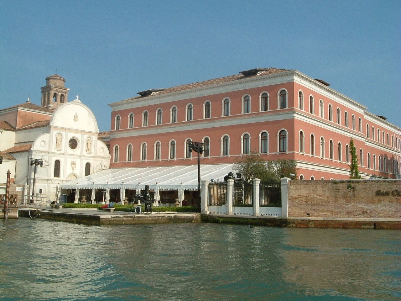 島全体が一つのリゾートホテル ヴェネチア「セントレジス・ヴェニスサンクレメンテパレス」