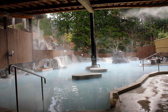 自然を感じる大露天風呂
