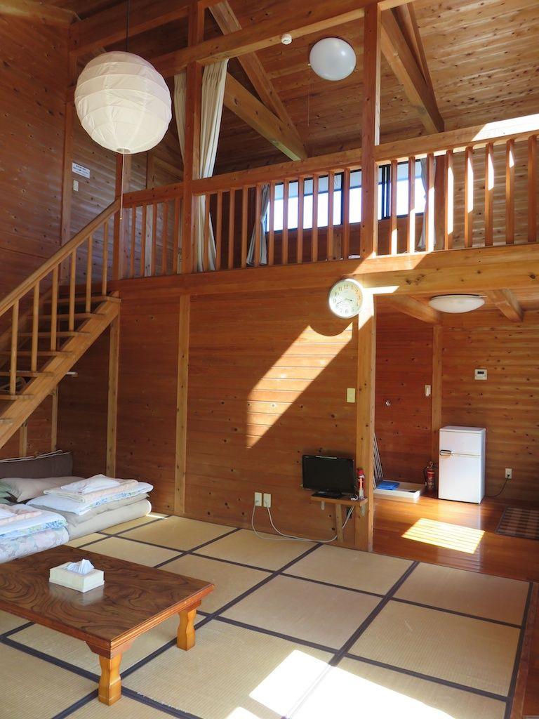 ロフトが付いた広い部屋。1番人気のコンド館