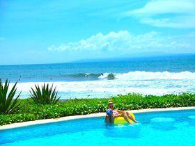 サーファー必見!バリ島クラマスにある「コムンリゾート&ビーチクラブ」