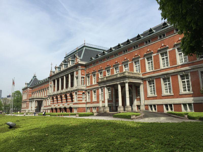 シェアサイクル「ちよくる」で巡る、皇居周辺の近代建築!