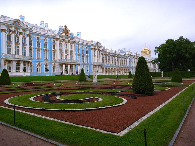 女帝が愛した夏の宮殿