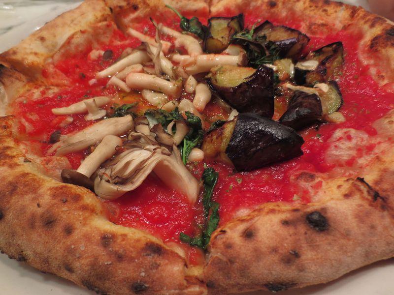新宿「ピッツェリア・カポリ」は真のナポリピッツァ協会認定!ナポリ伝統の味を食べに行こう!