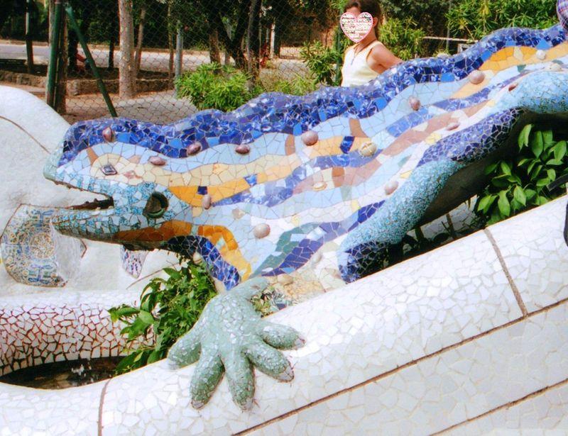 天才ガウディと遊ぼう!スペイン世界遺産「グエル公園」