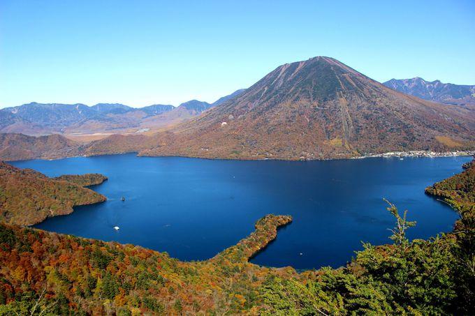 「中禅寺スカイライン」は絶景展望台「半月山」へ続く道!
