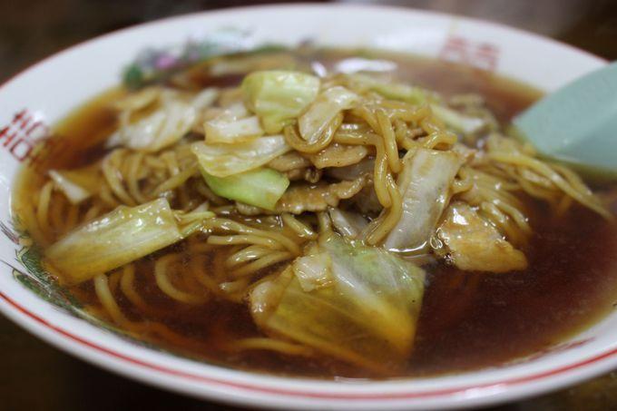 """""""こばや食堂""""の「スープ入り焼きそば」は、豚焼きそばとスープが織りなす味の七変化!"""
