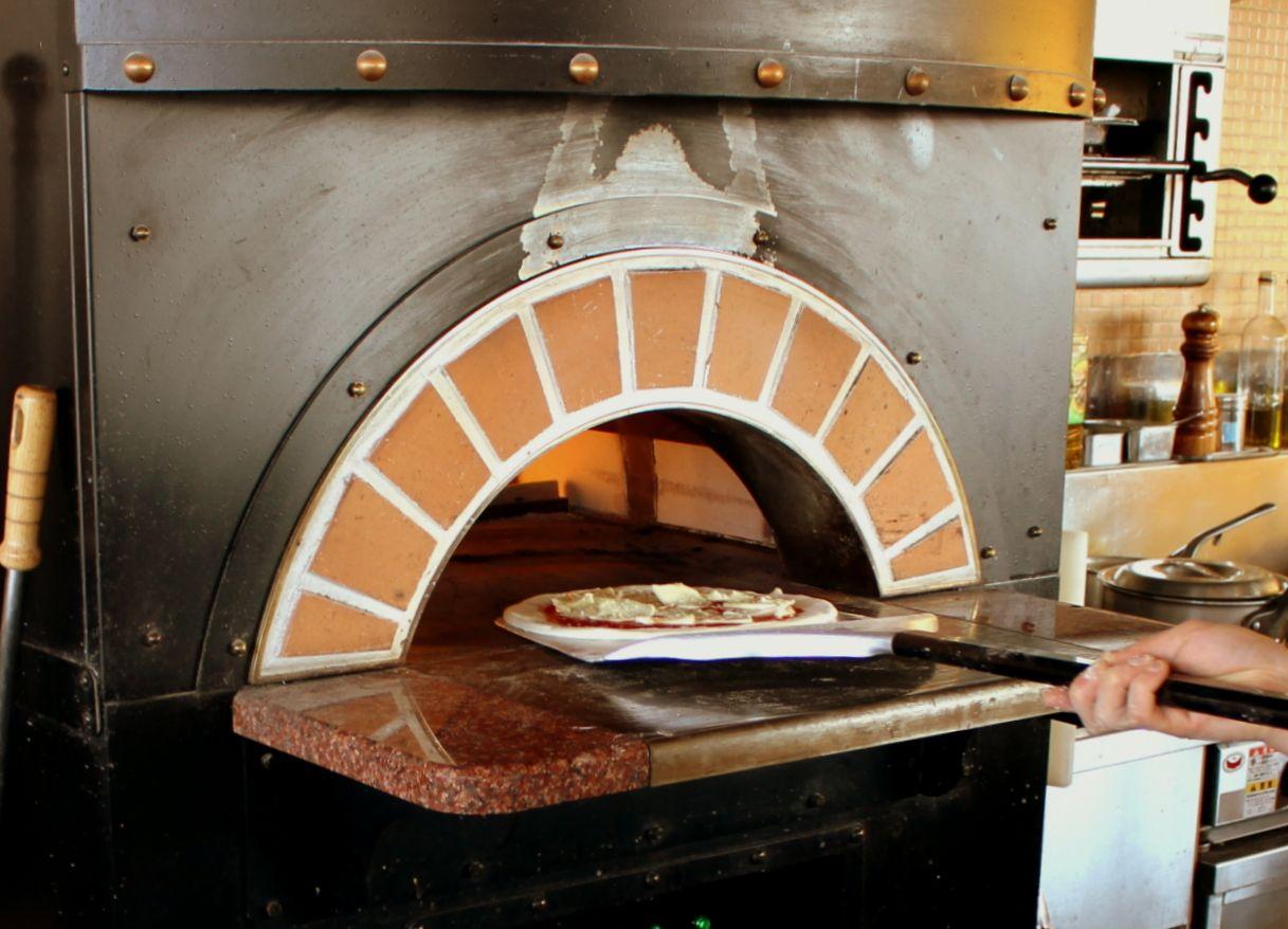 いちごの里「アンジェ フレーゼ」は石窯ピッツァも美味しい!