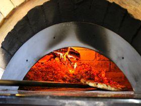益子「ピッツェリア ヨコヤマ」の至福ピッツァ&スイーツ!被災した登り窯がピザ窯に!|栃木県|トラベルjp<たびねす>